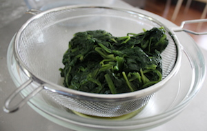 spinach squeezed