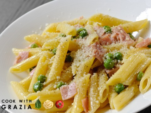Pasta with Sweet Peas and Ham