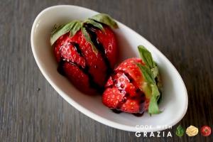 aceto balsamico tradizionale sulle fragole