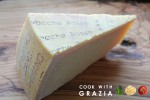 """6-There is an even higher quality of Parmigiano-Reggiano: the """"Vacche Rosse"""" or """"Vacche Bianche,"""" made with milk coming from red or white cows. These cow breeds produce a higher quality, richer milk that transforms into a lusher, mellower cheese."""